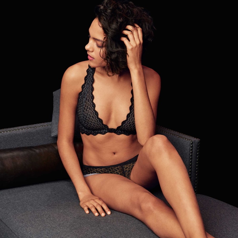 BTEMPTD-LINGERIE-LOVE-TRIANGLE-NIGHT-BRALETTE-WB9102238-TANGA-WB945238-CONSUMER-WEB-AW17